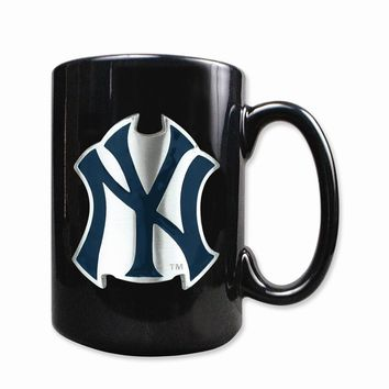 New York Yankees 15oz Black Ceramic Mug