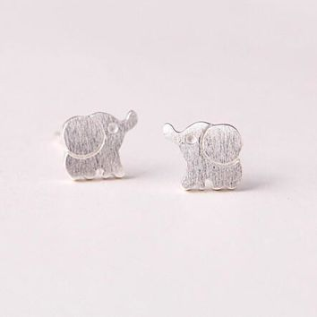 Day-First™ 925 sterling silver silver jewelry fashion contracted (drawing elephant stud earrings) earrings