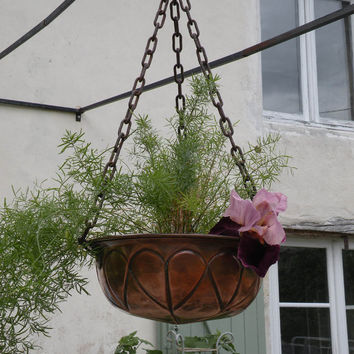 French vintage copper hanging planter, rustic planter. copperware cottage chic shabby chic French country home Farmhouse chic copper planter