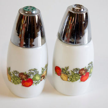 Vintage 1970s Milk glass Salt and Pepper Shakers