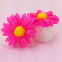 "SALE (20% OFF!) Buy 2 Pairs/get 3rd FREE! Bright Pink Medium Sunflower Plugs / gauges 4g, 2g, 0g, 00g, 1/2"", 9/16"", 5/8"", 11/16"", 3/4"""