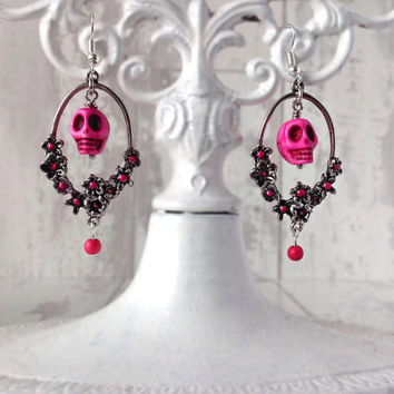 Pink skull earrings, skull chandelier earrings, womens skull jewelry, day of the dead, frida kahlo jewelry, rockabilly earrings