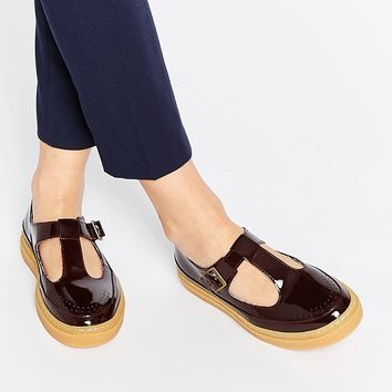 Fred Perry Ronnie Oxblood Patent Leather Flat Shoes