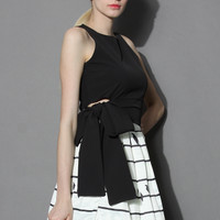 Tie a Bow Cropped Top in Black Black S/M