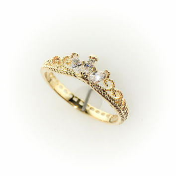 Delicate 14k Gold Princess Tiara Crown Ring