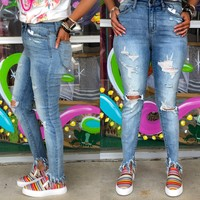 Destroyed high waited crop jeans