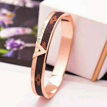 LV Louis Vuitton Trending Unisex Casual Stainless Steel Leather Bracelet With Leather Bracelet Laser Engraving Bracelet B-XH-SPSSG