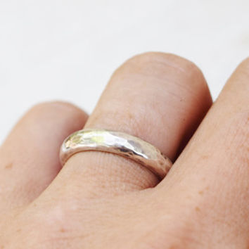 ON SALE Sterling Silver Hammered Band - Thick Ring - Mens Ring - Wedding Band -  Silver Ring - Half Round Ring - Unisex Ring