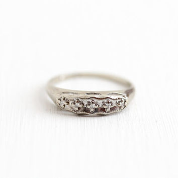 Vintage 14k White Gold Diamond Wedding Band Ring - Size 6.5 Mid-Century 1940s 1950s Wedding Fine Bridal Stacking Jewelry