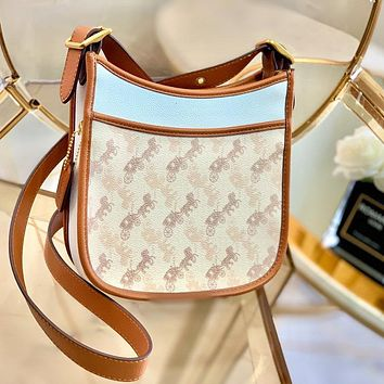 Coach new shoulder bag crossbody White edge brown