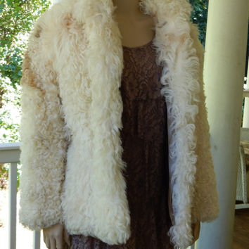 Incredible Saks Fifth Avenue Mongolian Lamb Coat Creamy White Curly Lamb Fur Coat Boho Chic 1980s Fur Coat Perfect Gift
