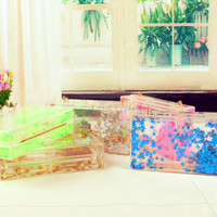 Star Flowing Acrylic Luctie Clutch