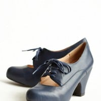 tyra navy oxfords pumps by Chelsea Crew at ShopRuche.com