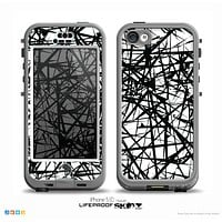 The Black and White Shards Skin for the iPhone 5c nüüd LifeProof Case