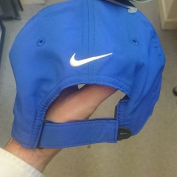 NIKE GOLF CAP. ONE SIZE ADJUSTABLE *NEW*