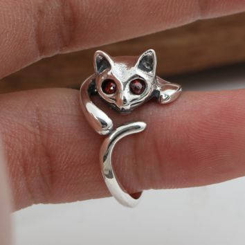 Vivid Super Cute Kitty Red Eye Silver Ring