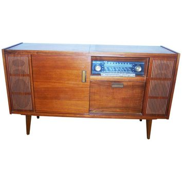 Pre-owned Mid-Century Cased Stereo/Record Console Sideboard