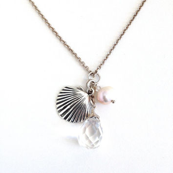 Sterling Silver Beach Necklace. Beach Wedding Necklace. Clam Shell Crystal Pearl Necklace. Nautical Jewelry.