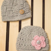 Newborn boy/girl crochet hats - Photography Prop - Baby Gift
