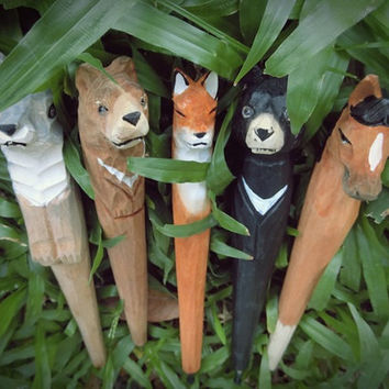 Wooden fox pen---Handmade animal pens