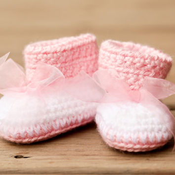 Crochet Baby Booties - Baby Boots - Big Bow Baby Pink and White Baby Shoes - Pink Baby Booties - UGG Inspired