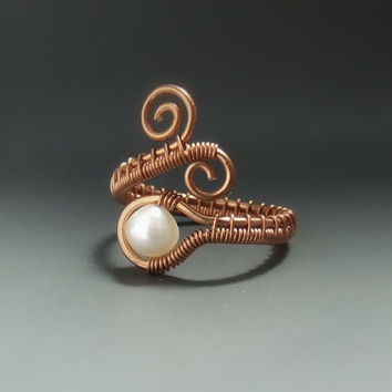 Pearl copper ring, rustic ring, wedding jewelry, June birthstone jewellery, pearl jewellery