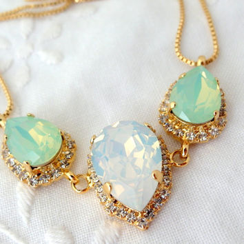 Mint opal and white opal Swarovski crystal necklace, Statement necklace, Bridal necklace, Bridesmaid gift, Weddings jewelry, white and mint
