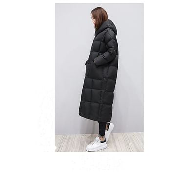 2017 new cocoon-shaped down jacket thick warm bread jacket over knee