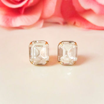 Crystal Clear Swarvoski Stud Earrings, Diamond Earrings, Bridesmaids Earrings, Rhinestone Earrings, Dainty Jewelry, Spring Trends, Wedding