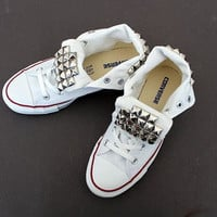 Studded  Tongue Converse