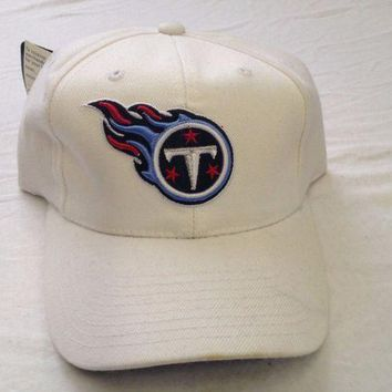 CREYONC. BRAND NEW TENNESSEE TITANS LOGO REEBOK NFL WHITE CURVED BRIM ADJUSTABLE HAT
