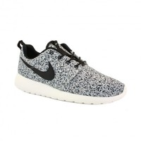 Nike Roshe Run 511882 003 Womens Laced Mesh Trainers Black Sail