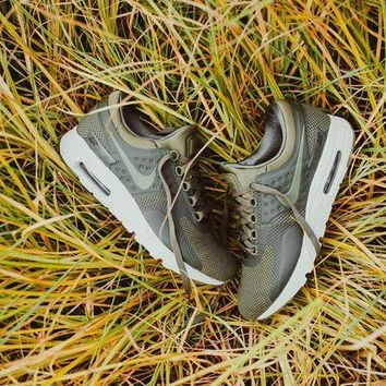 VONE05WT Nike Air Max Zero Essential (Medium Olive)