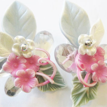 Vintage Plastic Pink Flower With Rhinestone Earrings - Vintage Flower Clip Earrings - Vintage Jewelry