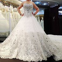 Luxury Applique Wedding Ball Gowns Bride Dresses Crystals Cathedral Wedding Dresses