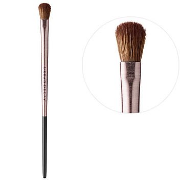 Iconic Eyeshadow Brush - Urban Decay | Sephora