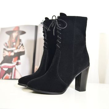 Pointed Toe Lace Up Middle Chunky Heels Short Boots