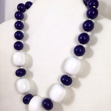 Navy blue and white necklace, 1960s vintage necklace,  chunky blue necklace, navy plastic bead choker, nautical style necklace