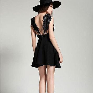 2016 new summer dresses beach a line spaghetti strap v neck lace black white solid angel wings mini sexy backless dress