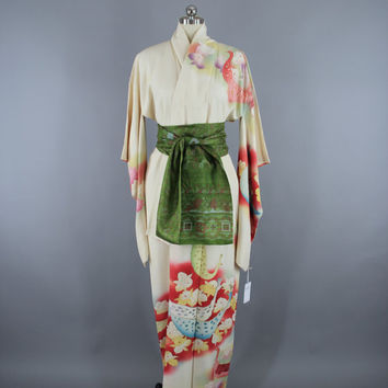 SALE - 1960s Vintage Silk Kimono Robe / 60s Silk Wedding Dressing Gown Lingerie / Downton Abbey Art Deco / Ivory PEACOCKS Birds & Orchids Fl