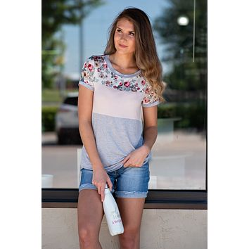 Daily Vibe Floral Color Block Top : Grey/Light Pink