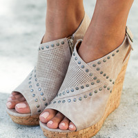 Sinni Cream Wedges