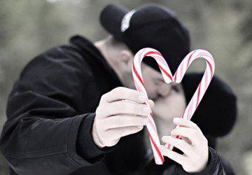 Photography:: Engagement & Weddings / Christmas card picture idea.
