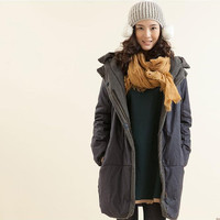 warm casual winter women coat with hoodie. long women coat for winter