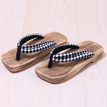 CoolFar Japanese Man clogs Sandals Flat Flip Flops for men lovers Paulownia Wood Slippers Cool Summer Cosplay shoes