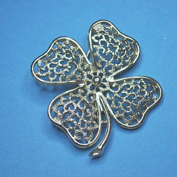 SARAH COVENTRY Vintage, 1970's Silver Filigree Clover Shamrock Brooch Pin, Luck of the Irish!  #a758