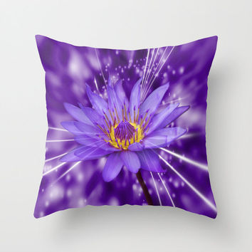 Decorative Throw Pillow - 3 different sizes to Choose From, With or Without Inserts, For Indoors or Outdoors, Purple Lotus