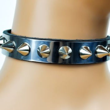 "Wide Cone Spikes on Metal Plate Choker Black Leather Collar 3/4"" Wide"
