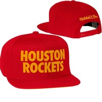 Mitchell & Ness Houston Rockets Hardwood Classics Title Snapback Hat - Red