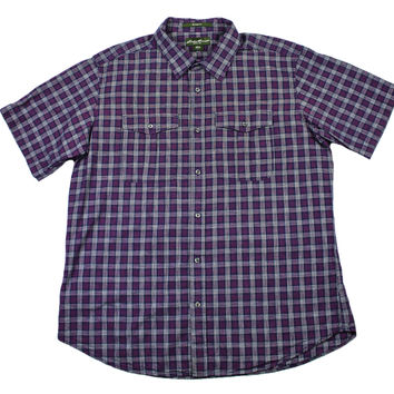 Vintage Eddie Bauer Plaid Button Up Shirt in Navy/Pink Mens Size Large (Relaxed Fit)